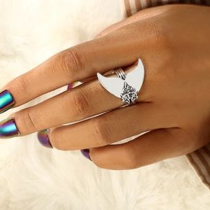 *EMERY* Silver Mermaid Tail Fashion Ring Sz 8